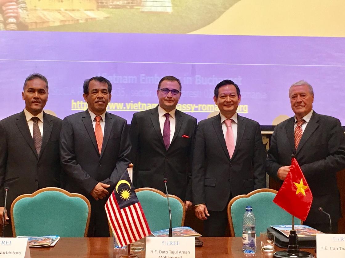 Marcarea celei de-a 50 –a aniversari a ASEAN